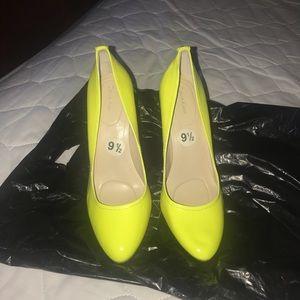 Calvin Klein Neon Heels pumps NEW size 9.5